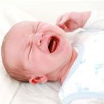 Mein Baby schreit die ganze Nacht durch