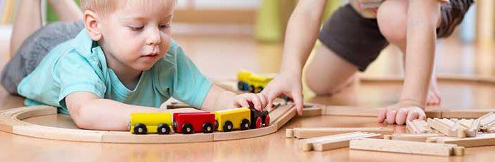Ökologisch unbedenkliches Spielzeug für Babys und Kinder – Darauf sollte man achten