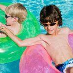 Die richtige Sonnenbrille für Ihre Kinder